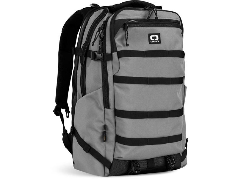 OGIO Convoy 525 - Charcoal click to zoom image